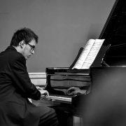 korrepetitor és zongoratanár